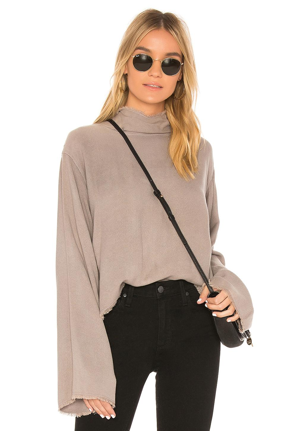 Bella Dahl Button Back Top In Taupe