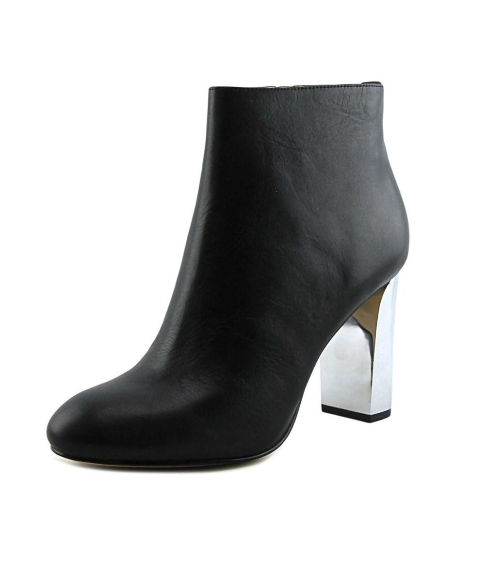 Calvin Klein Savana Toronto   Round Toe Leather  Ankle Boot In Black