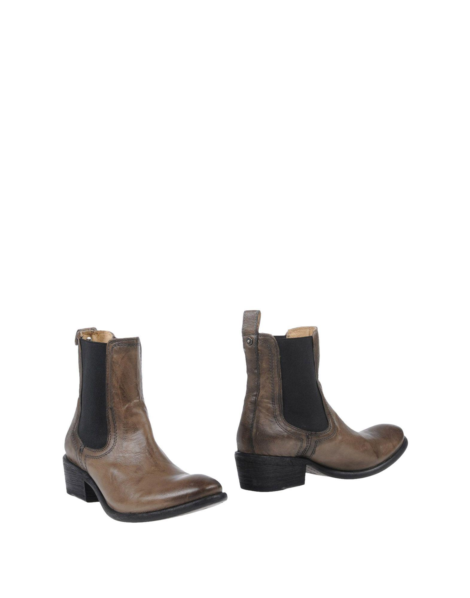 Frye Ankle Boot In Khaki