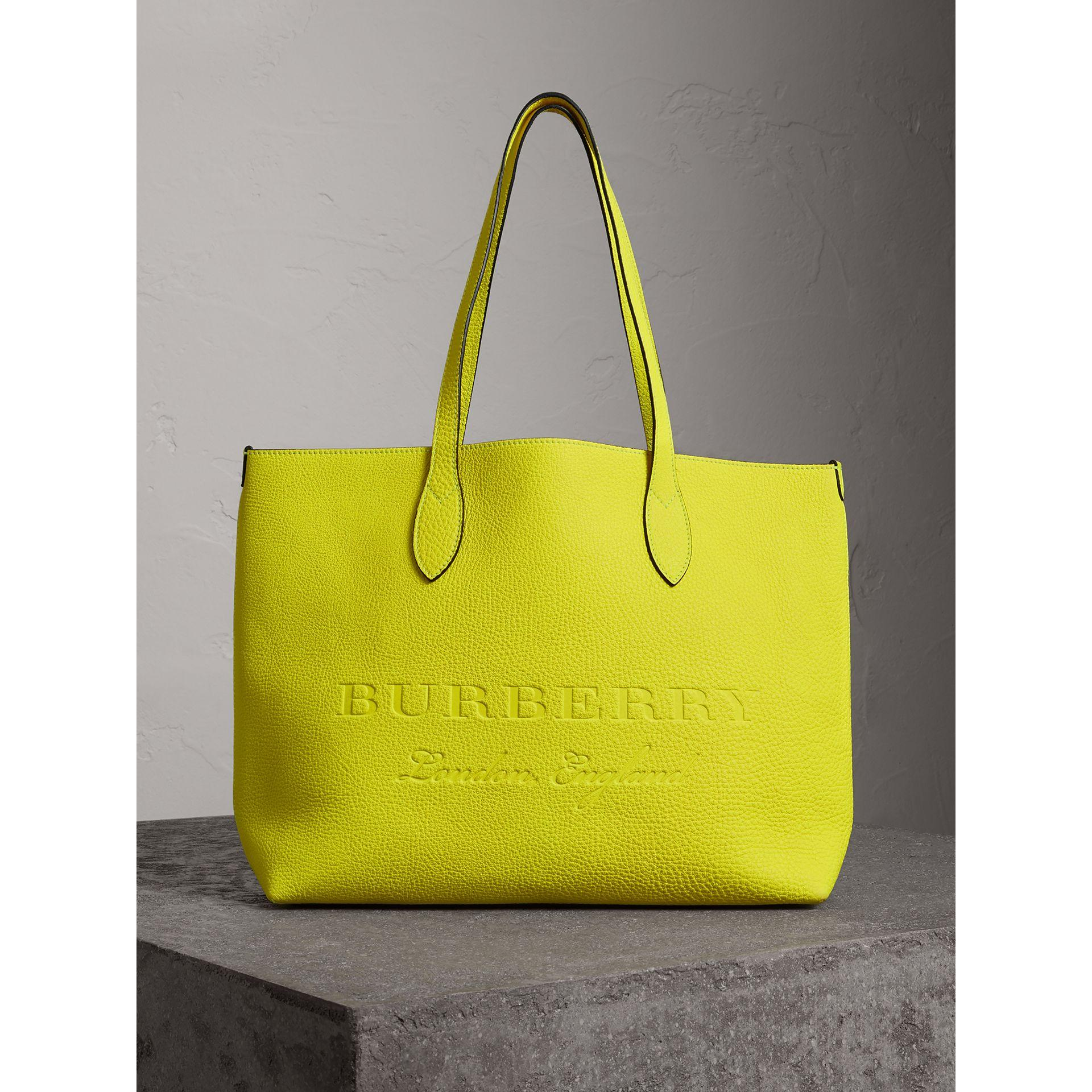 7ac742c8bf6a Burberry Large Remington Logo Leather Tote - Yellow