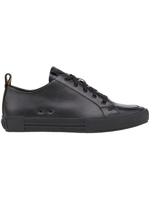 Fendi Low-top Leather Trainers In Black