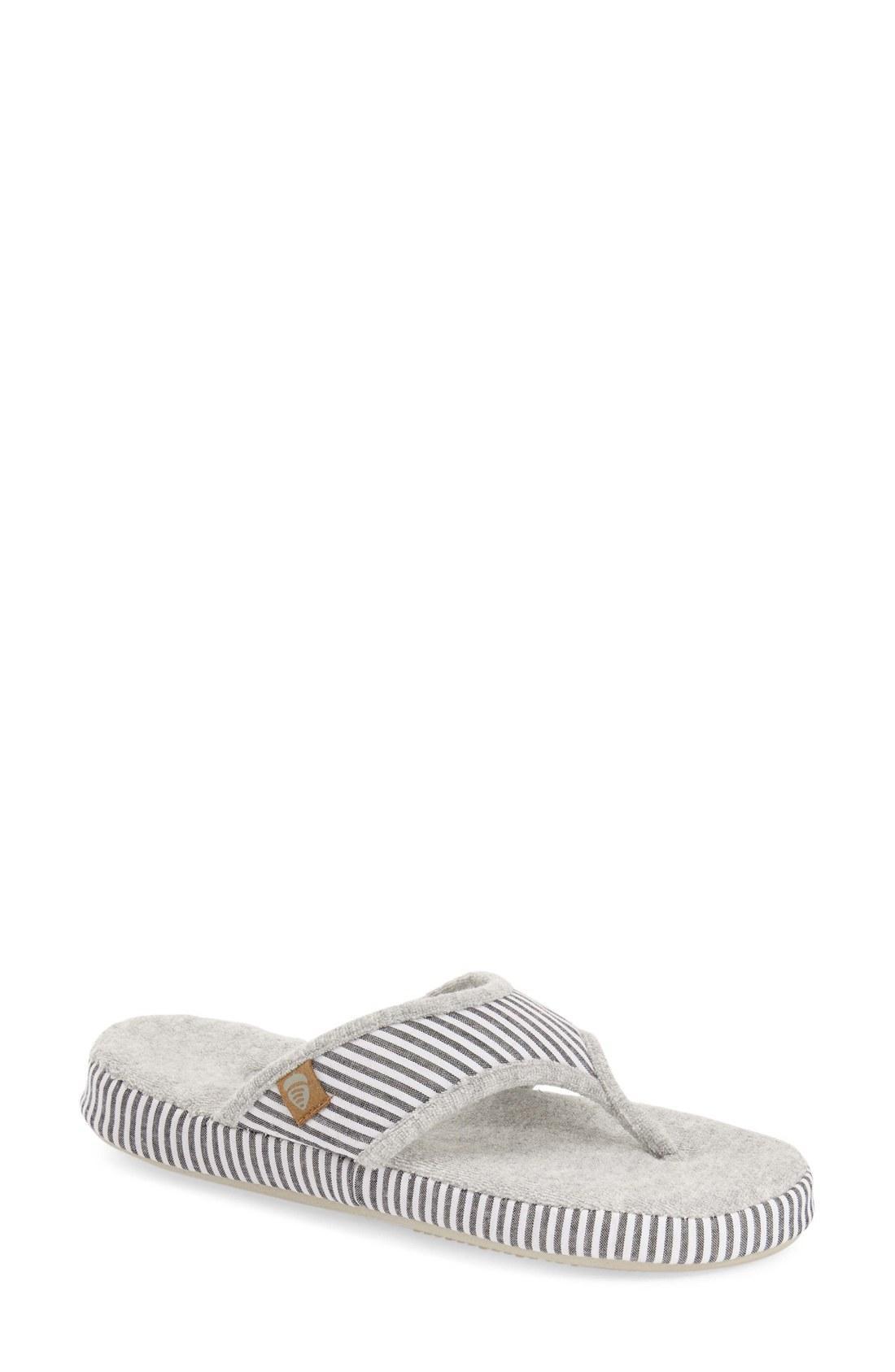 845eba9a5ad Acorn Summerweight Slipper In Grey Strip Fabric