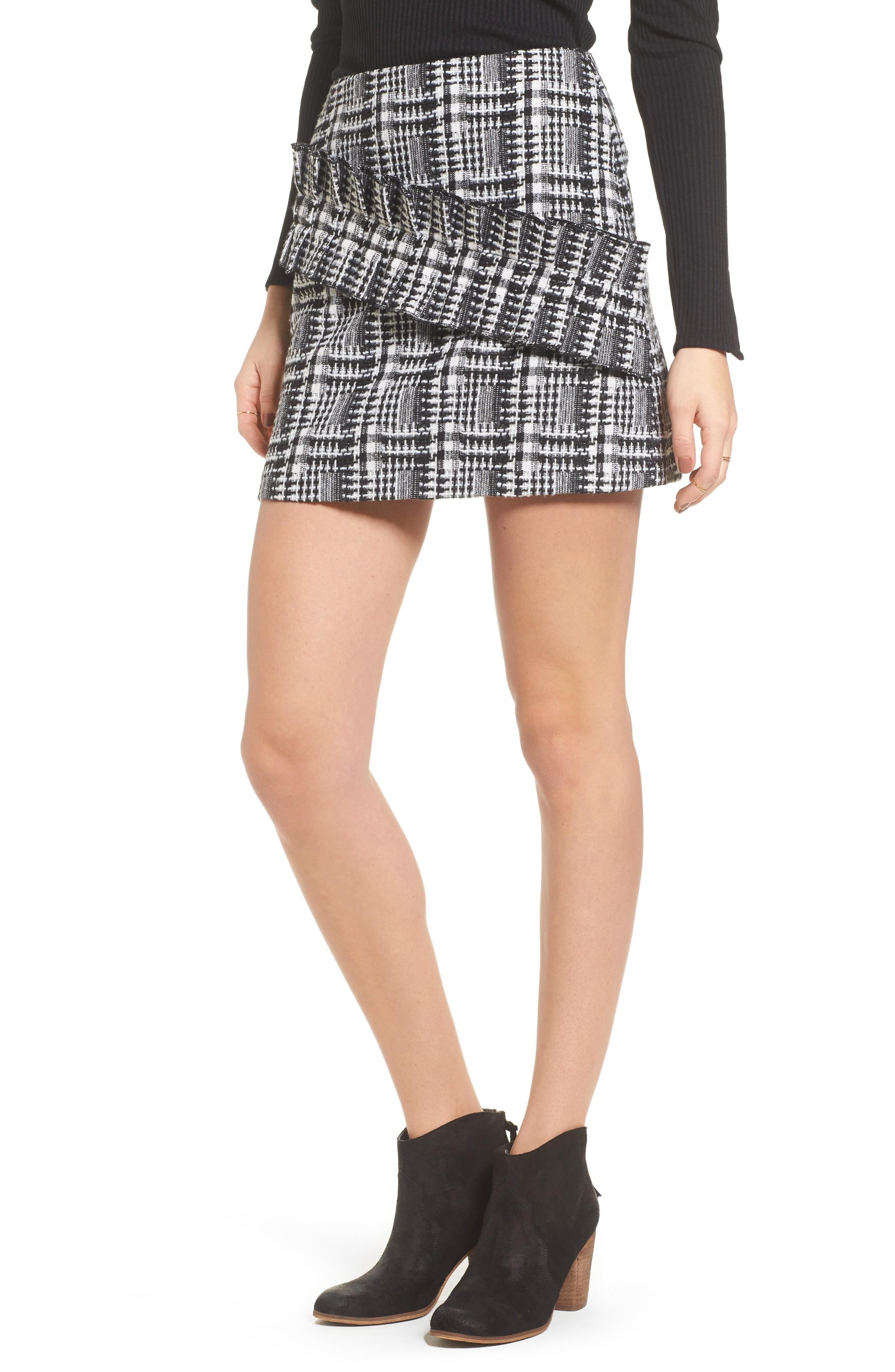aba9bafc83 Moon River Ruffle Tweed Skirt In Black Plaid | ModeSens