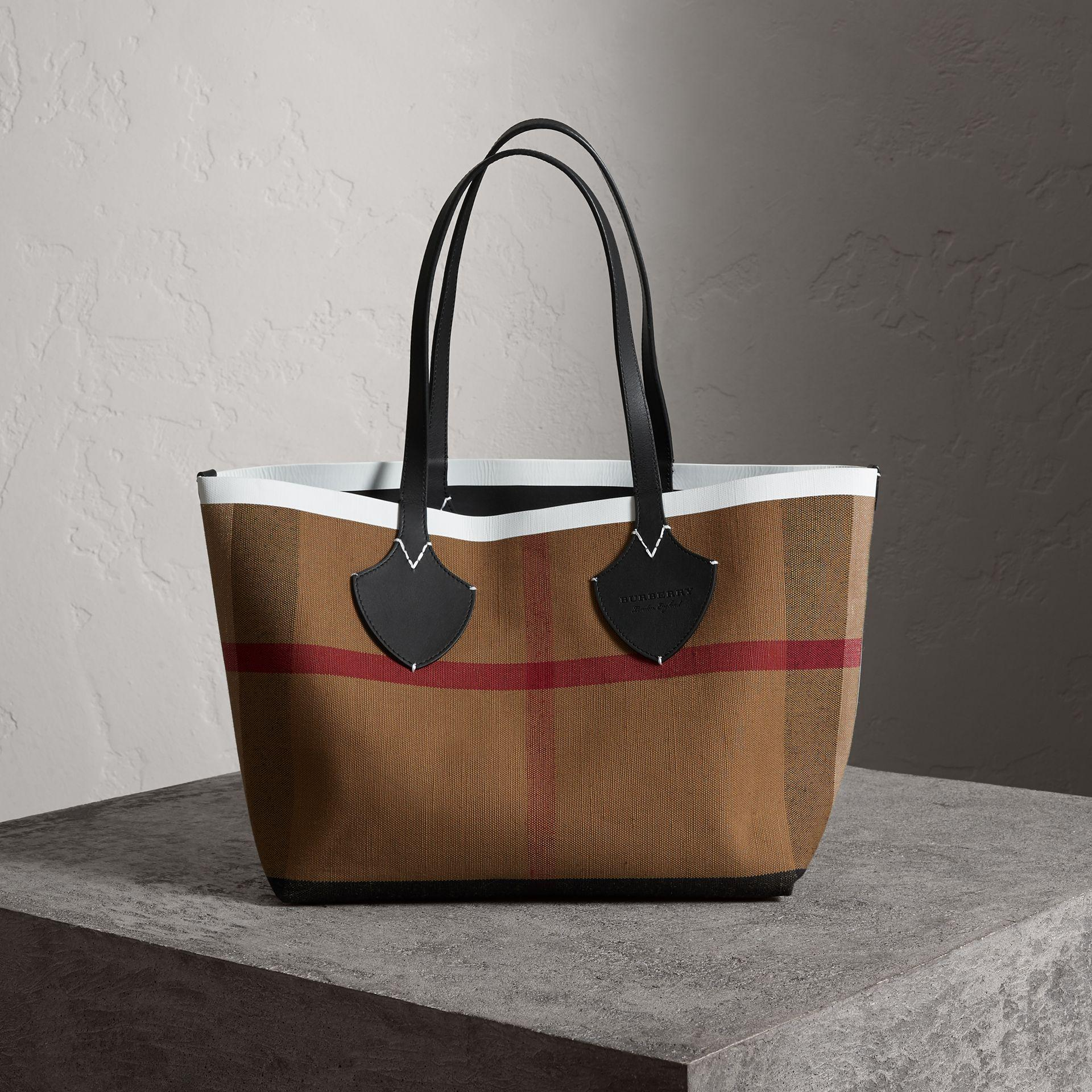 804e3f4612e2 Burberry The Medium Giant Reversible Tote In Canvas And Leather In  Black White
