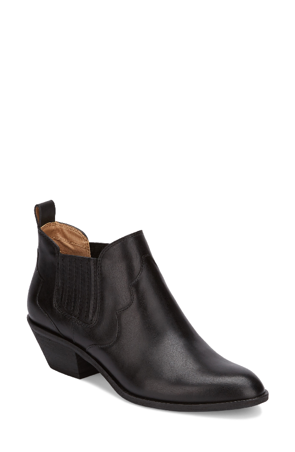 G.h. Bass & Co. Naomi Booties Women's Shoes In Black Leather