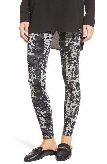 Hue Camouflage Seamless Leggings In Navy