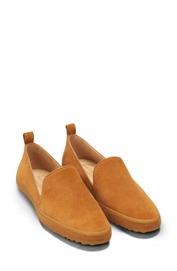 Bill Blass Sutton Slip-on Loafer In Buckthorn