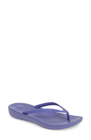 Fitflop Iquishion Ergonomic Flip Flop In Blue Violet