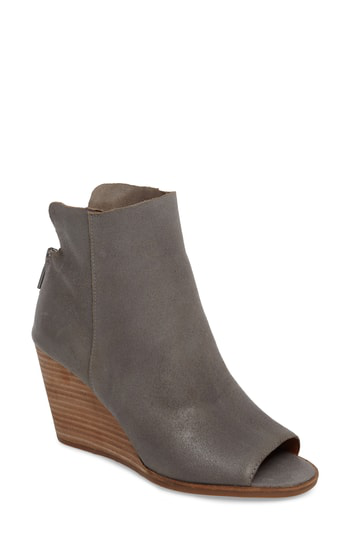 4ab2e831333 ... flirty peep toe add warm-weather appeal to a streamlined leather bootie  fitted with a cushioned insole for all-day comfort. Style Name  Lucky Brand  Urbi ...