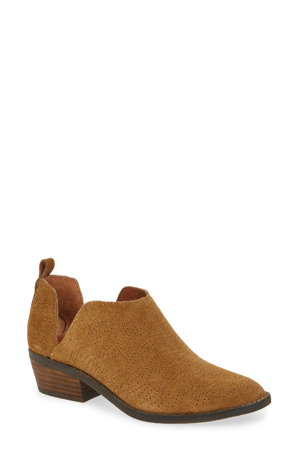 Lucky Brand Fayth Bootie In Tapenade Suede