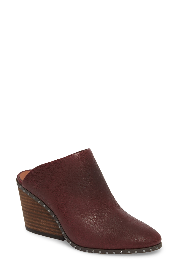 Lucky Brand Larsson2 Studded Mule In Tawny Port Leather