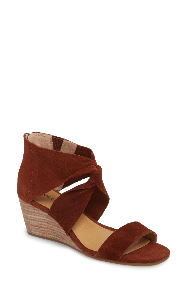 Lucky Brand Tammanee Wedge Sandal In Rye Suede