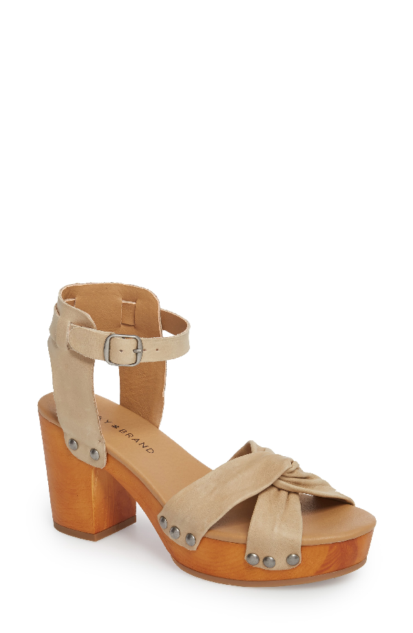 Lucky Brand Whitneigh Sandal In Travertine Leather