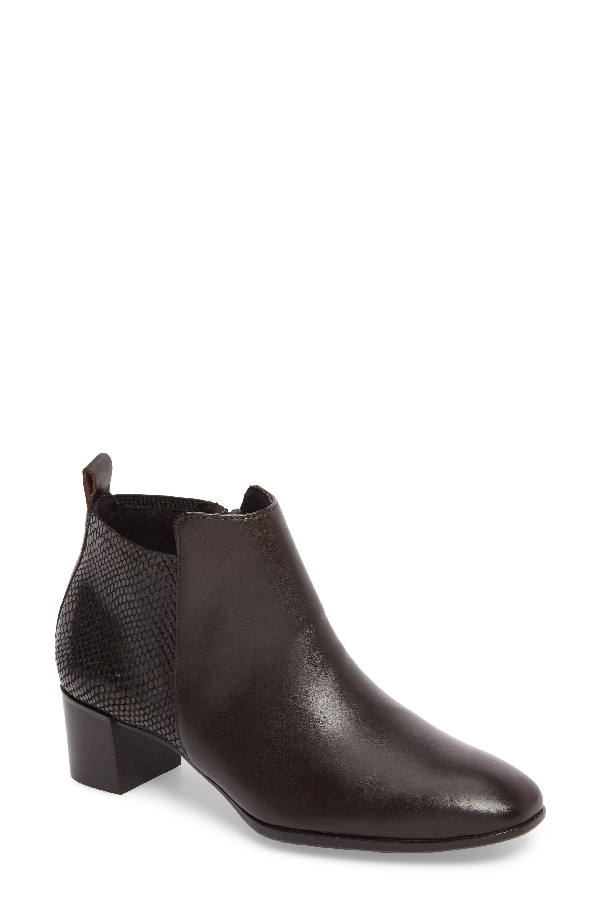 Munro Alix Bootie In Chocolate Leather