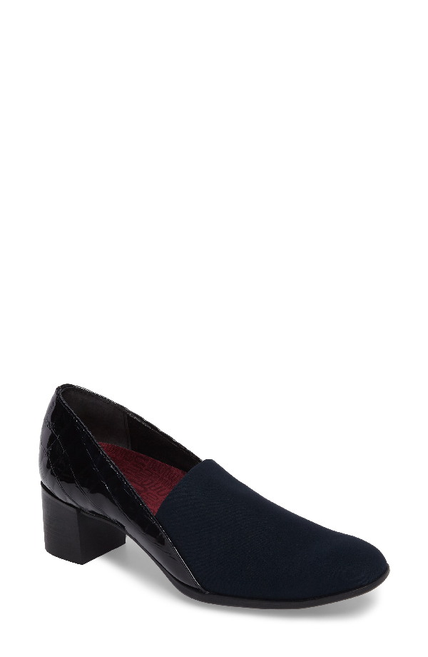 Munro Billee Pump In Navy Patent Leather