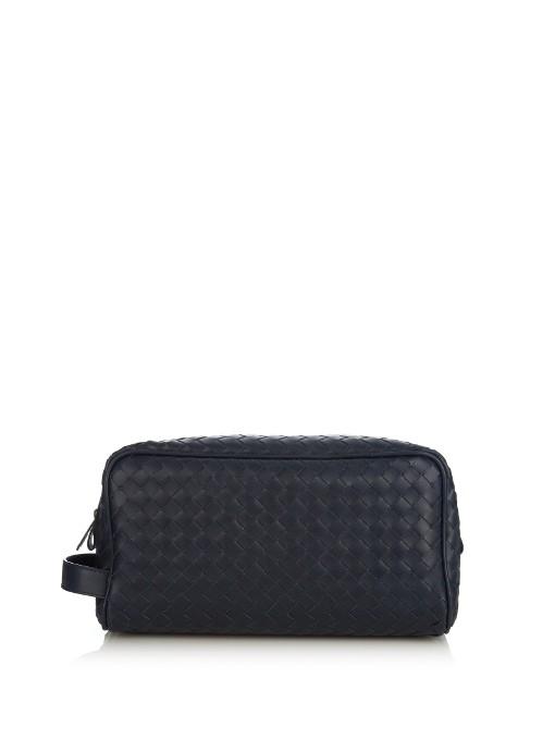 Bottega Veneta Intrecciato Leather Washbag In Navy
