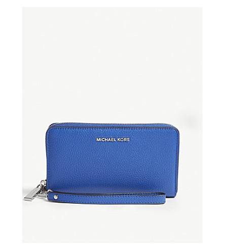Michael Michael Kors Mercer Large Leather Wallet In Elctric Blue