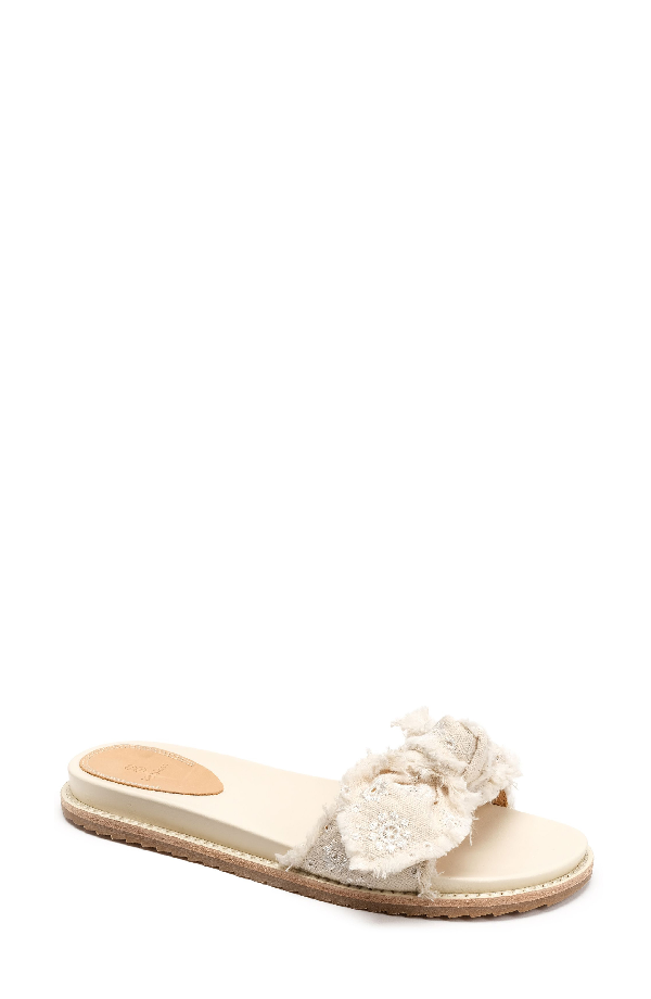 Bill Blass Carmela Slide Sandal In Vanilla