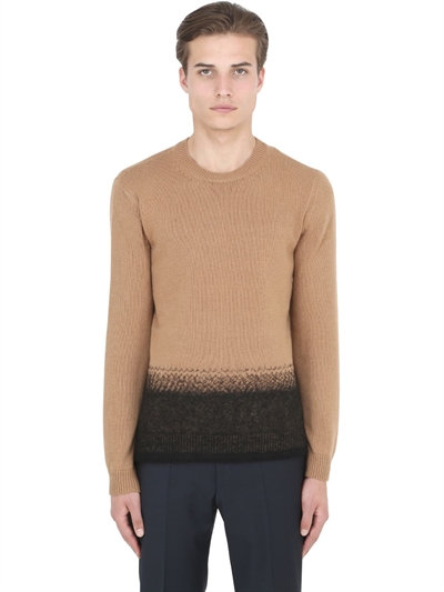 Valentino Needle Punch Hem Cashmere-wool Sweater In Camel/black