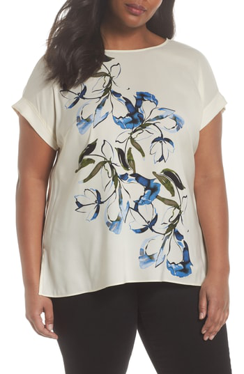 Vince Camuto Ink Portrait Print Top In Antique White