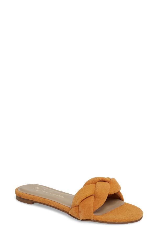 Matisse Georgie Slide Sandal In Mango Suede
