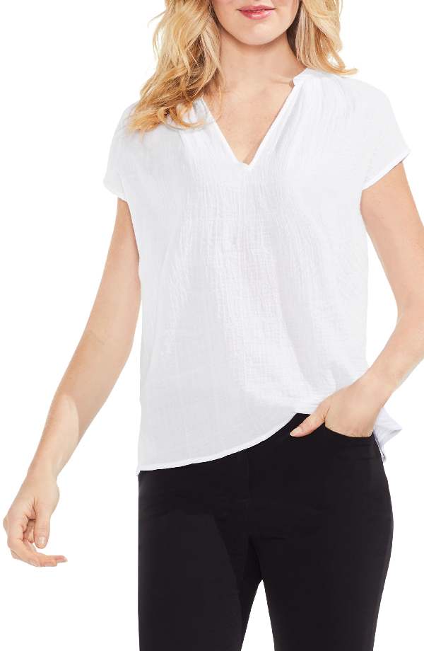 Vince Camuto Crinkle Cotton V-neck Blouse In Ultra White