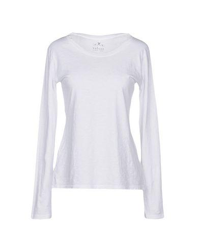 Velvet By Graham & Spencer T-shirts In White