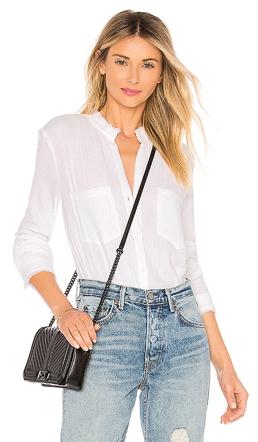 Bella Dahl Two Pocket Button Down Top In White