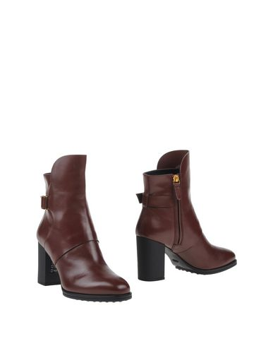 Tod's Ankle Boot In Dark Brown