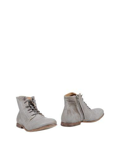 Catarina Martins Ankle Boot In Grey