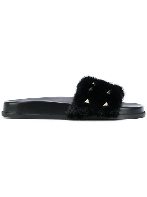 Valentino Rockstud Genuine Mink Fur Slide Sandal In 0No Noir/Clous Or