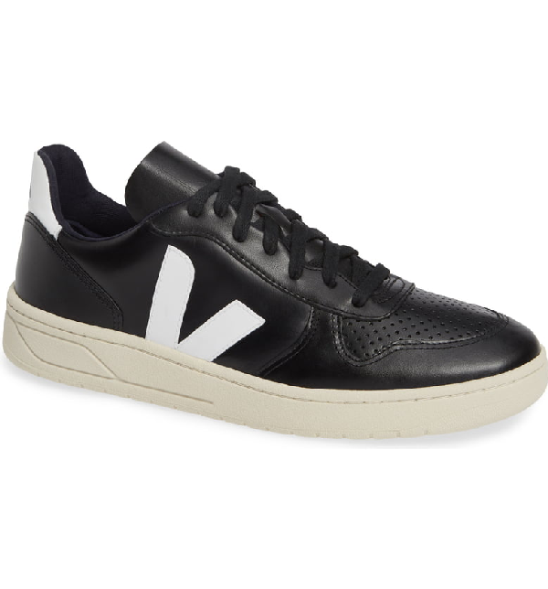 Veja Bastille Two-Tone Leather Sneakers In Black