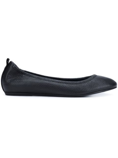 Lanvin Glossed-leather Ballet Flats In Black