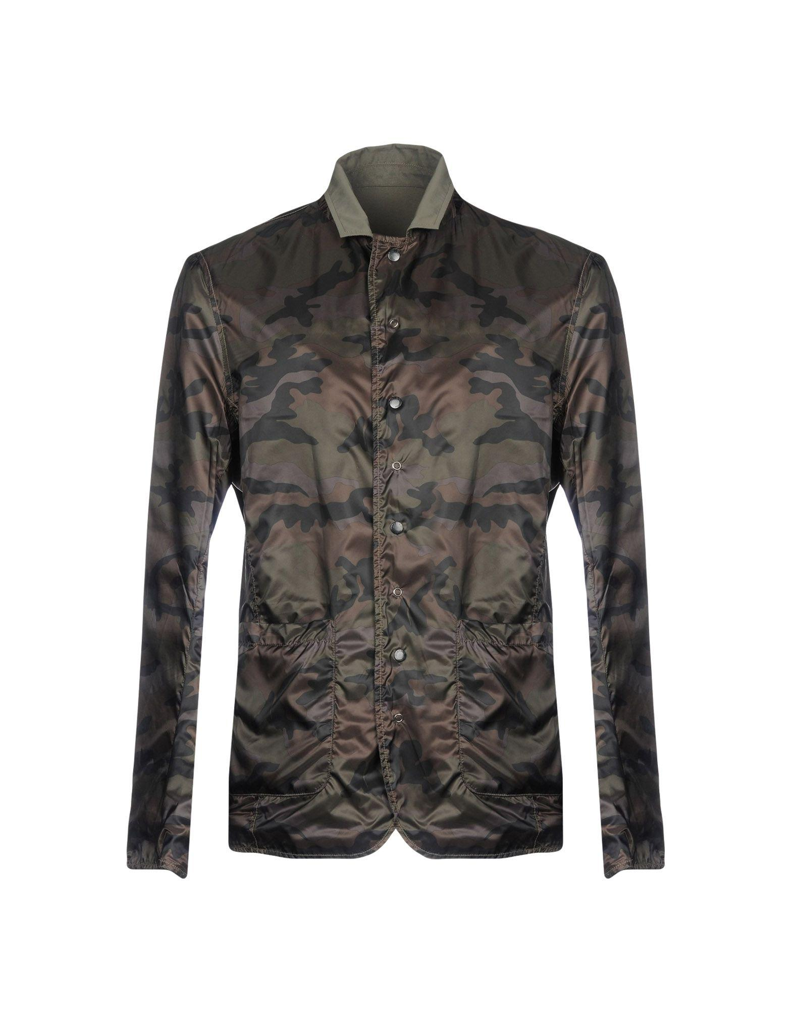 Blauer Jackets In Military Green