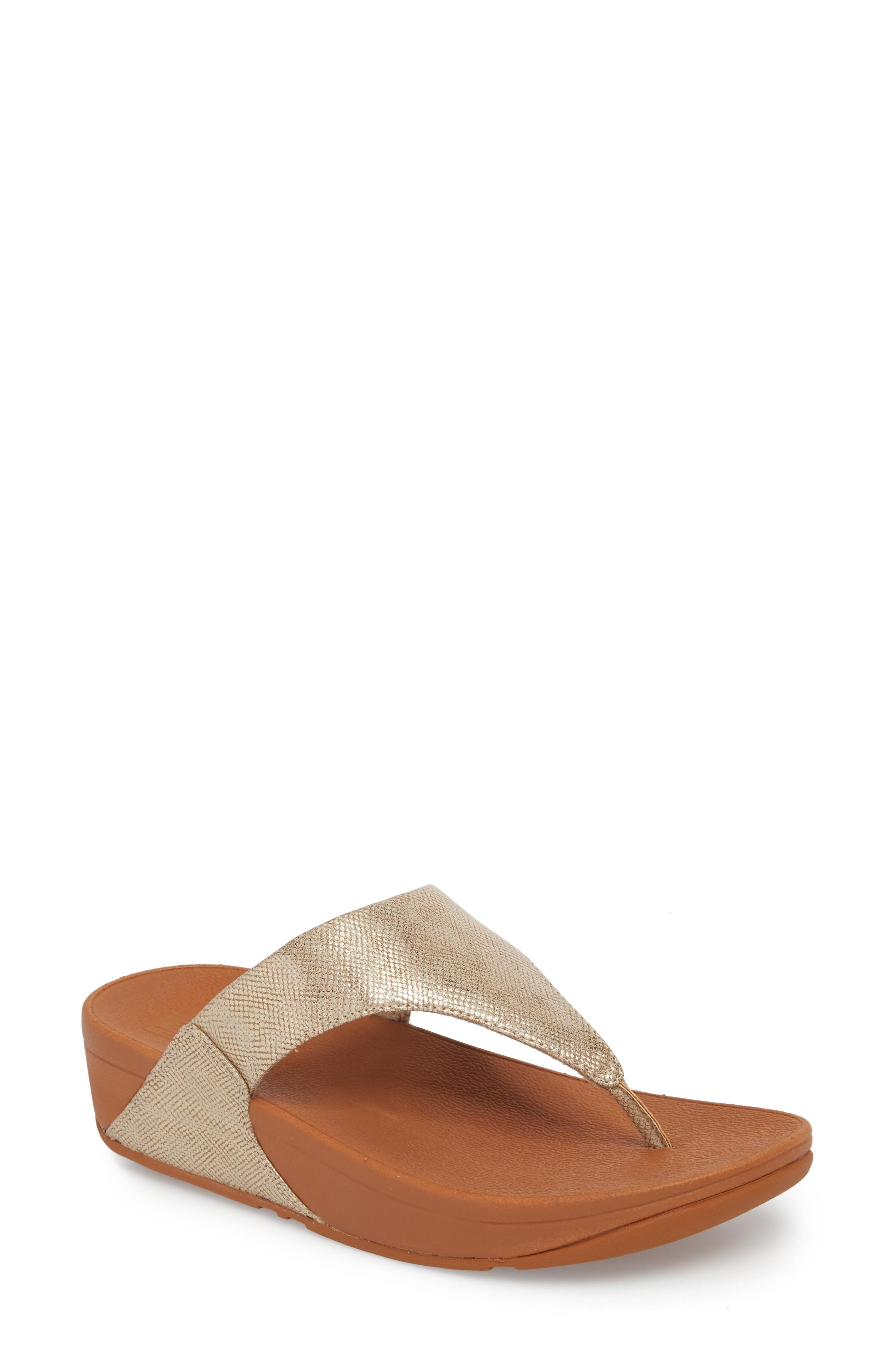 Fitflop Lulu Thong Sandal In Gold
