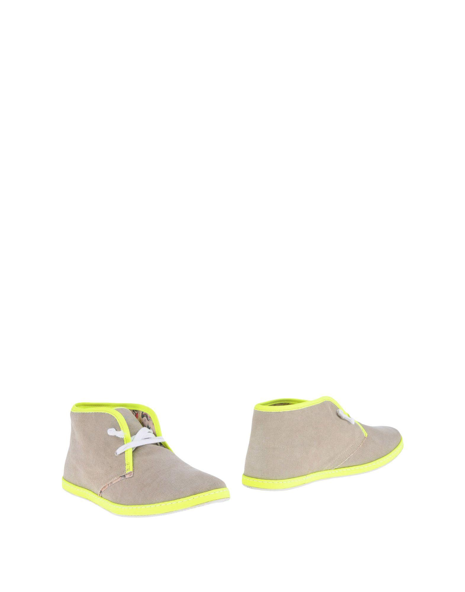 Le Crown Boots In Khaki