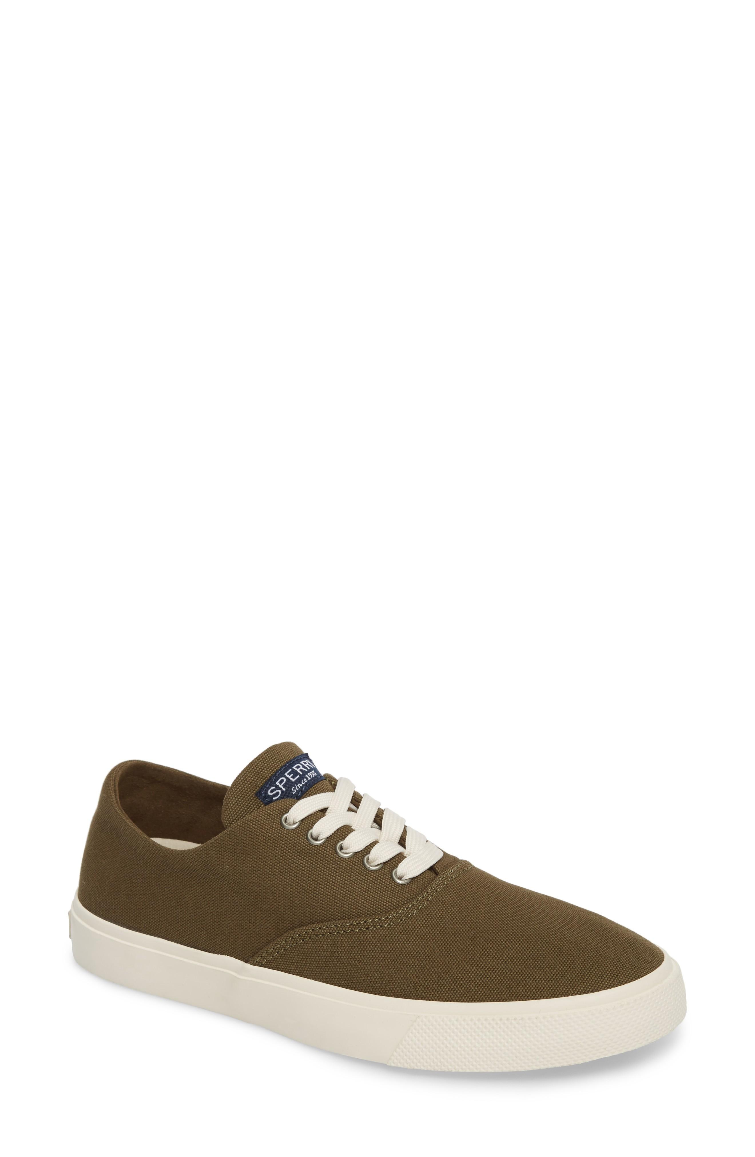 Sperry Captain's Cvo Sneaker In Olive Fabric