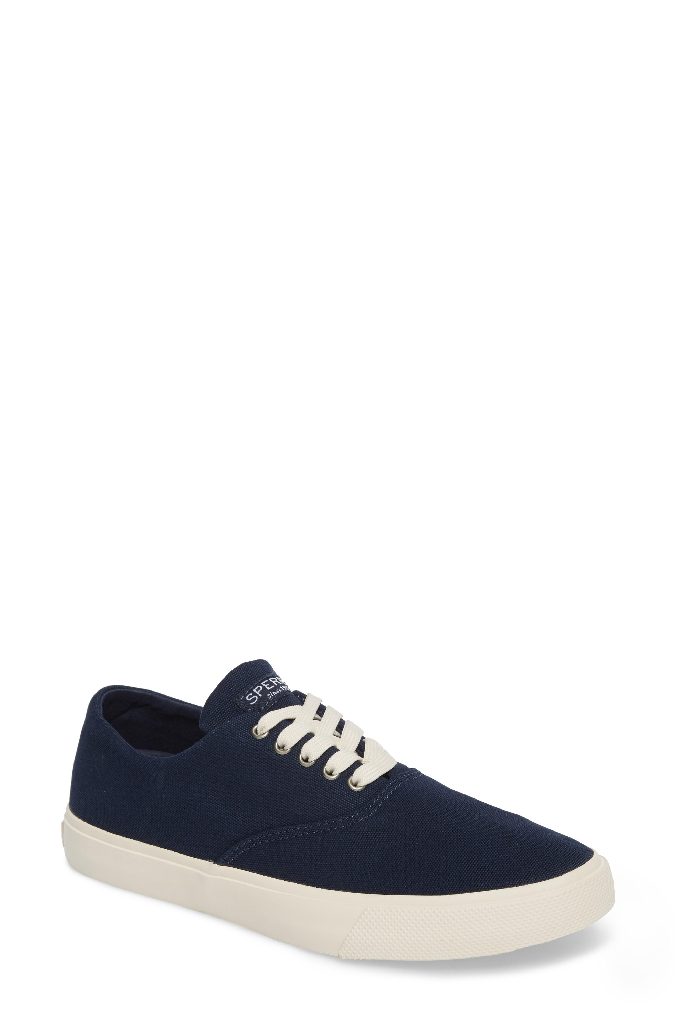 Sperry Captain's Cvo Sneaker In Navy Fabric