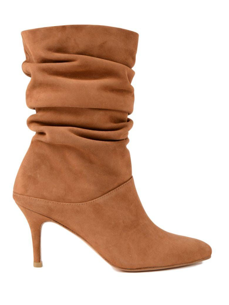 Stuart Weitzman Slouchy Pointed Boots In Saddle