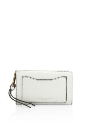 Marc Jacobs Recruit Leather Wallet In Dove