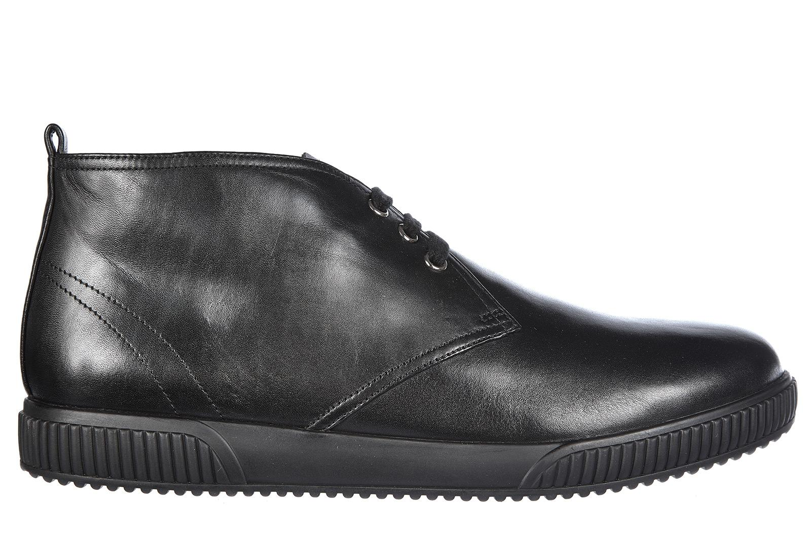 Prada Men's Leather Desert Boots Lace Up Ankle Boots In Black