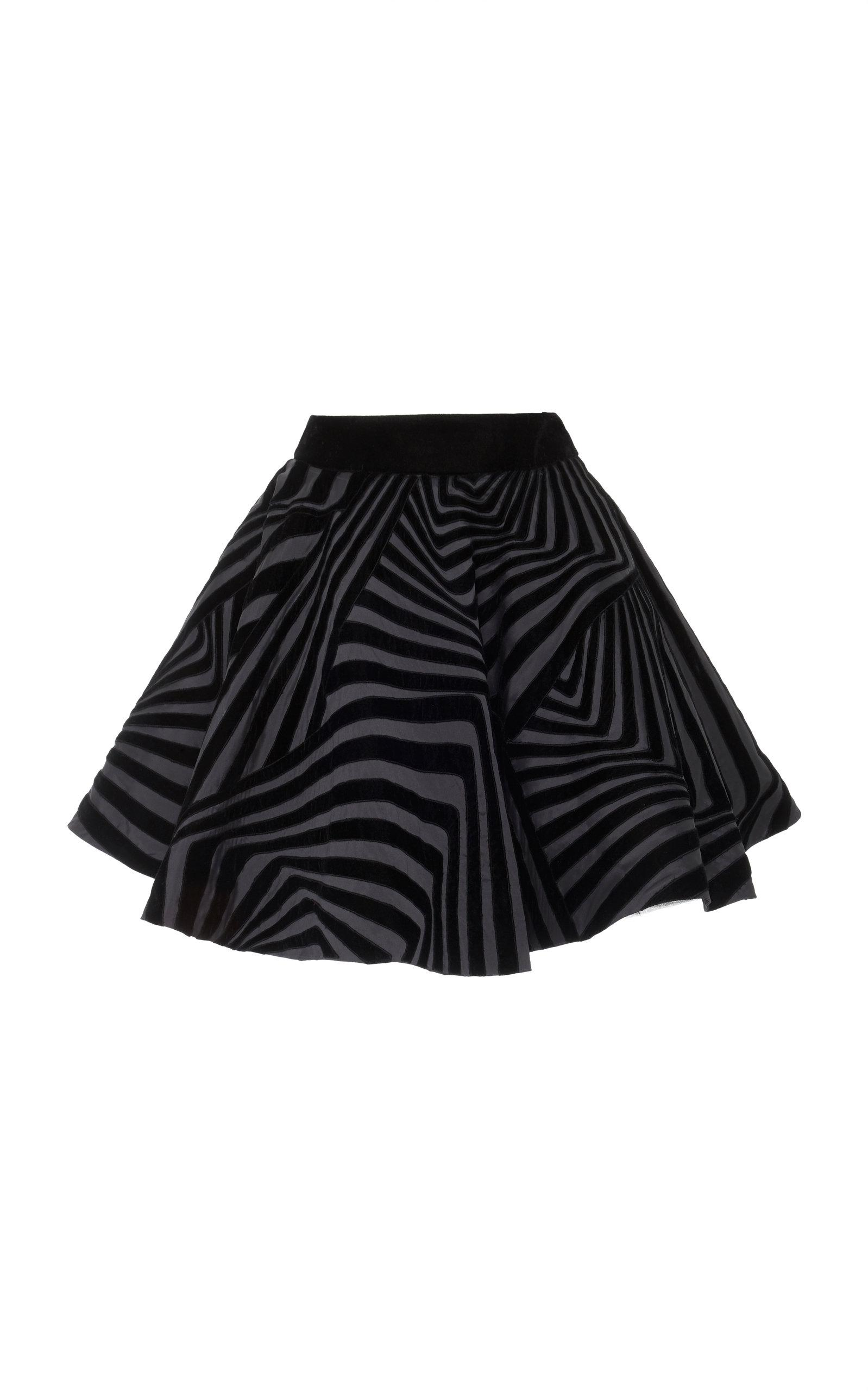 Khosla Jani Velvet Applique Skirt In Grey