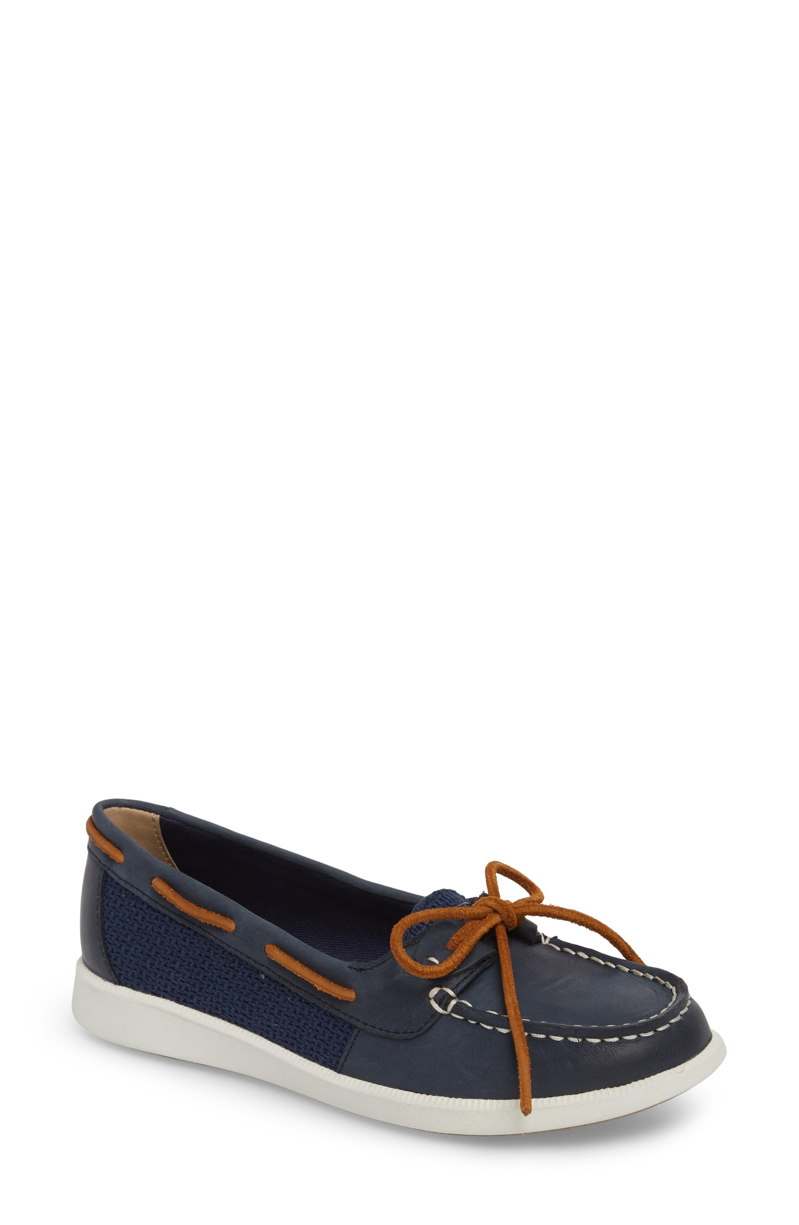 Sperry Oasis Boat Shoe In Navy Canvas