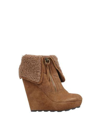 Ash Ankle Boot In Brown