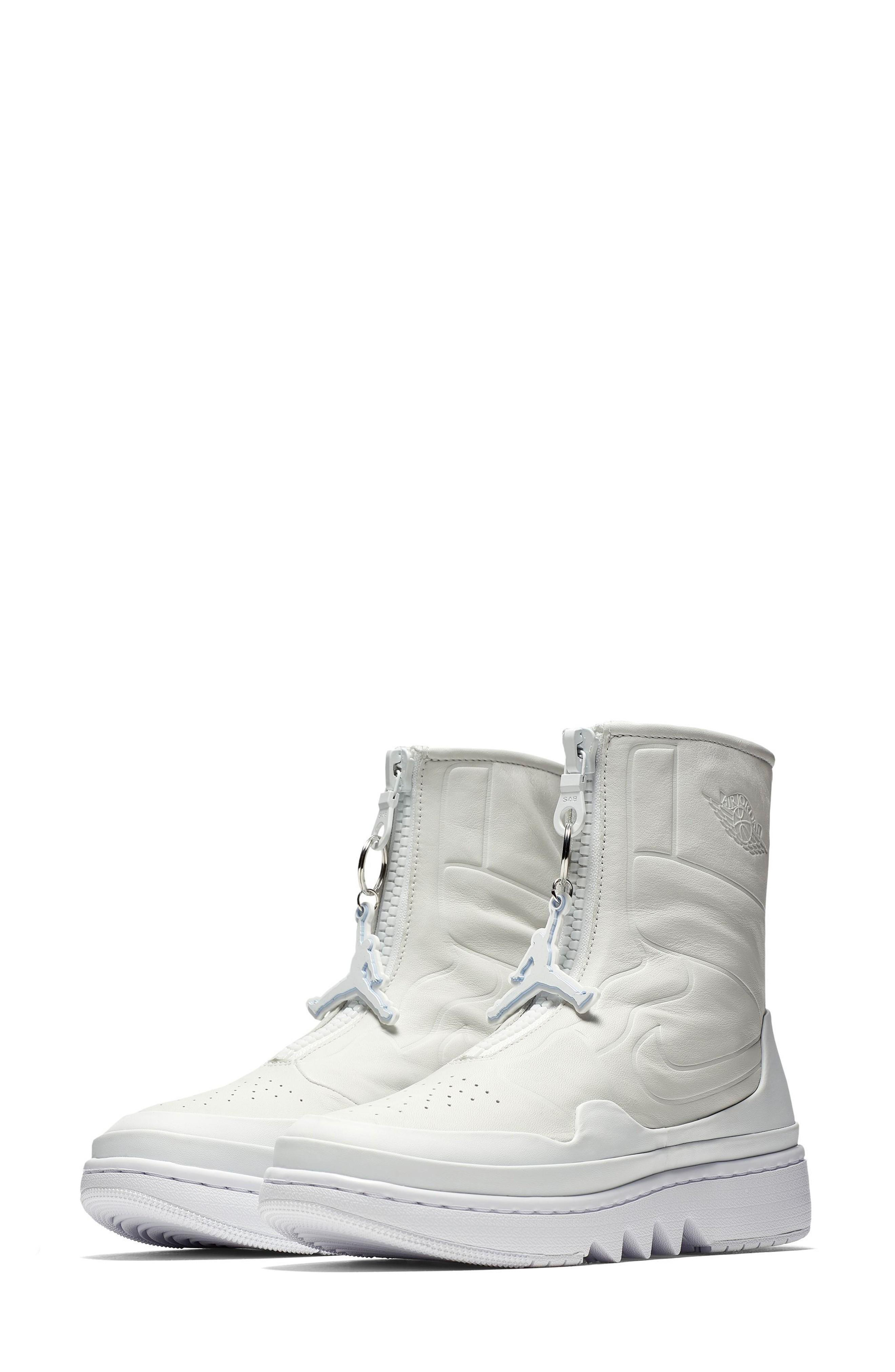 new product ed91e 06c6e Nike Women s Air 1 Jester Xx Casual Shoes, White