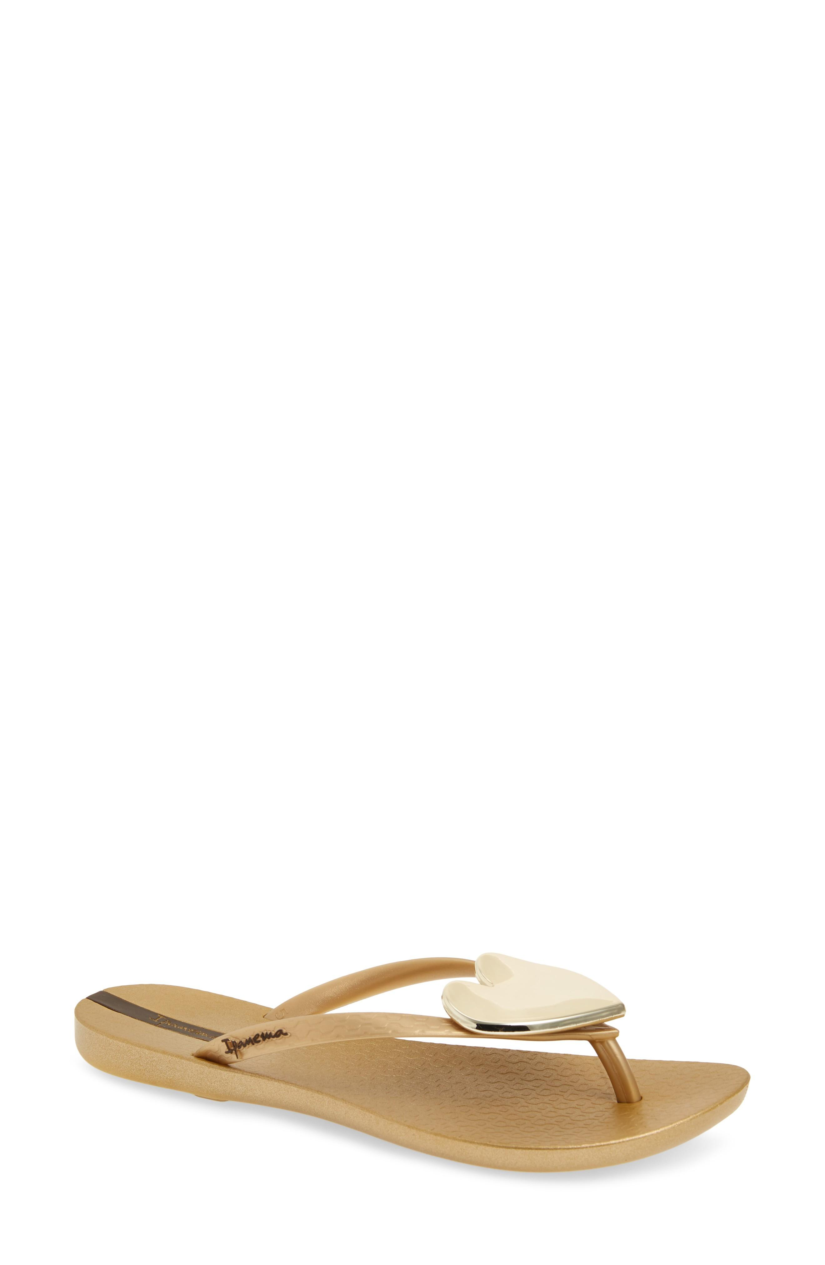 4e9cdc2ce25 Ipanema Wave Heart Flip Flop In Gold  Gold