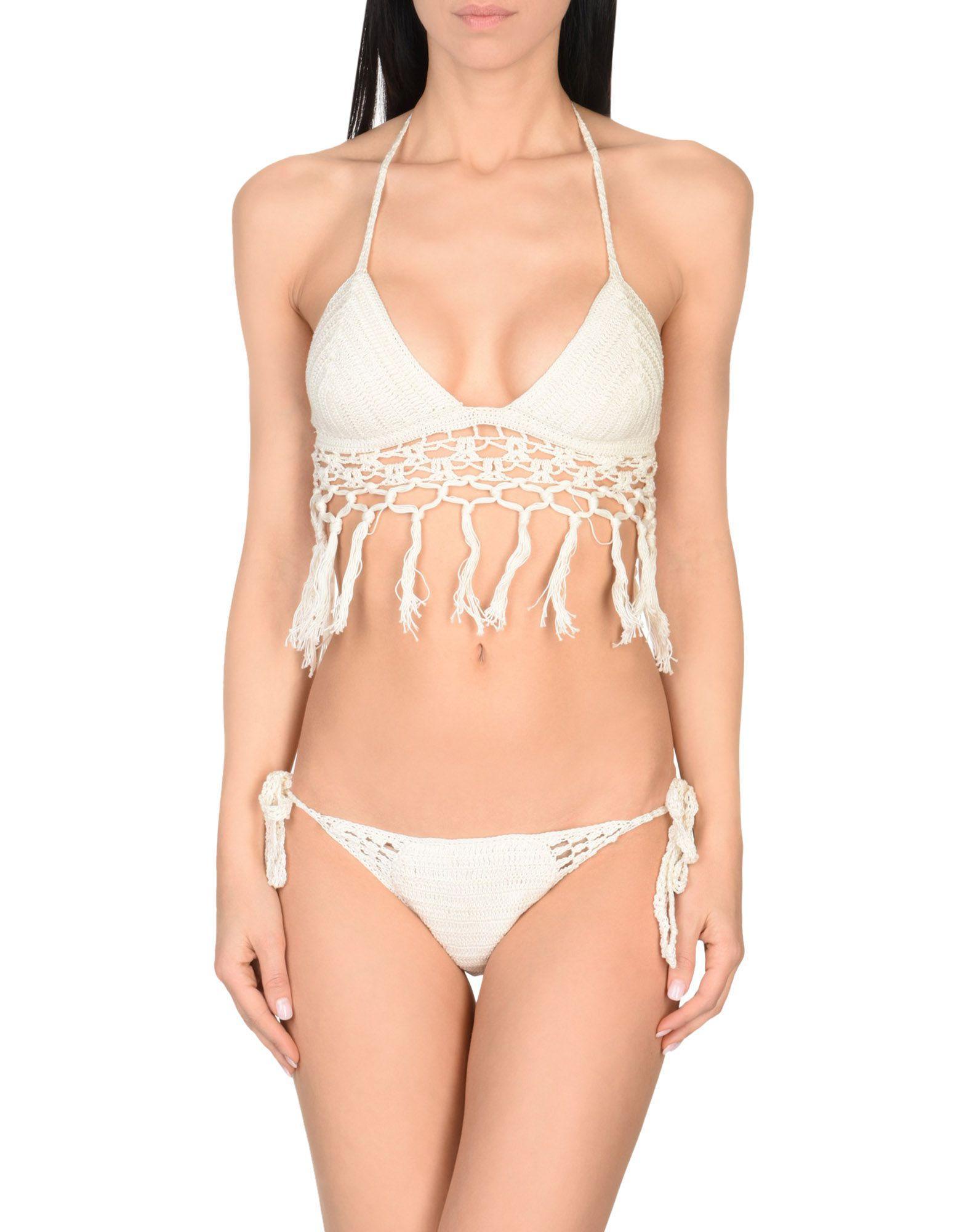 anna-kusturova-venetian-bikini
