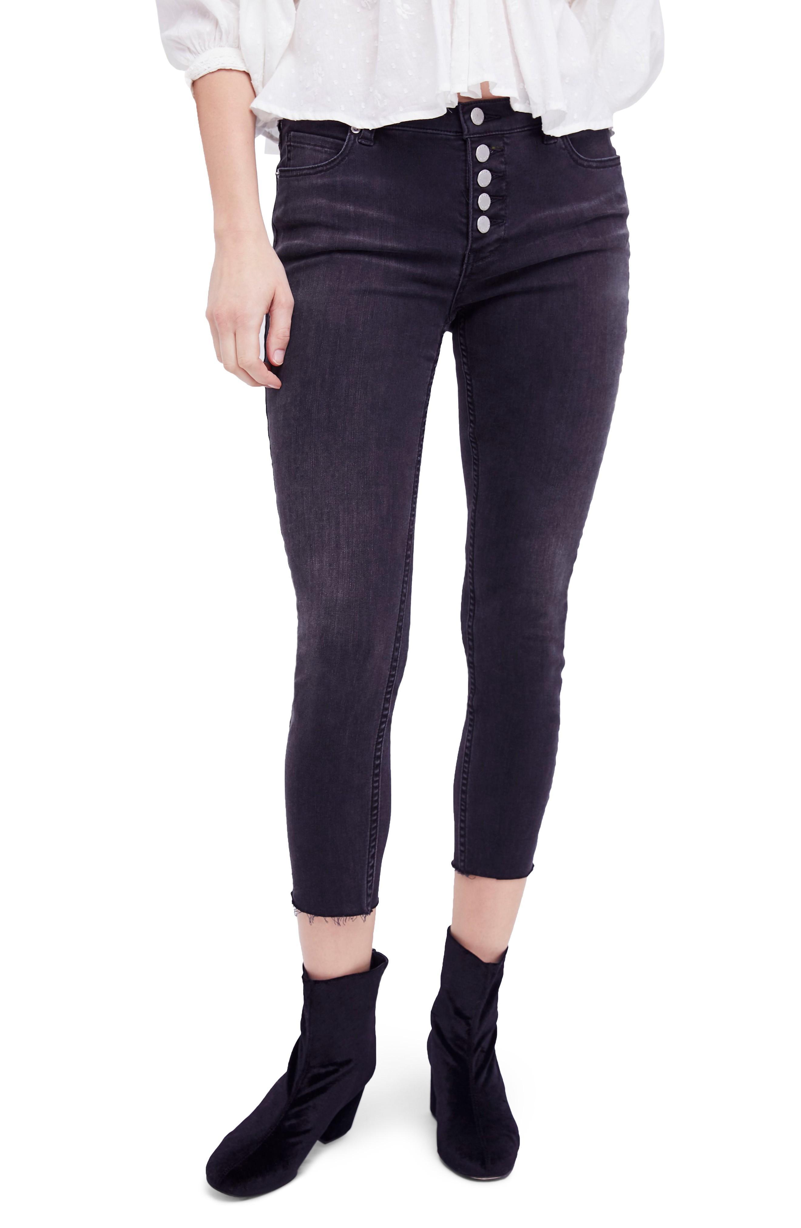 787b9fd35f5 Free People Reagan Crop Skinny Jeans In Black