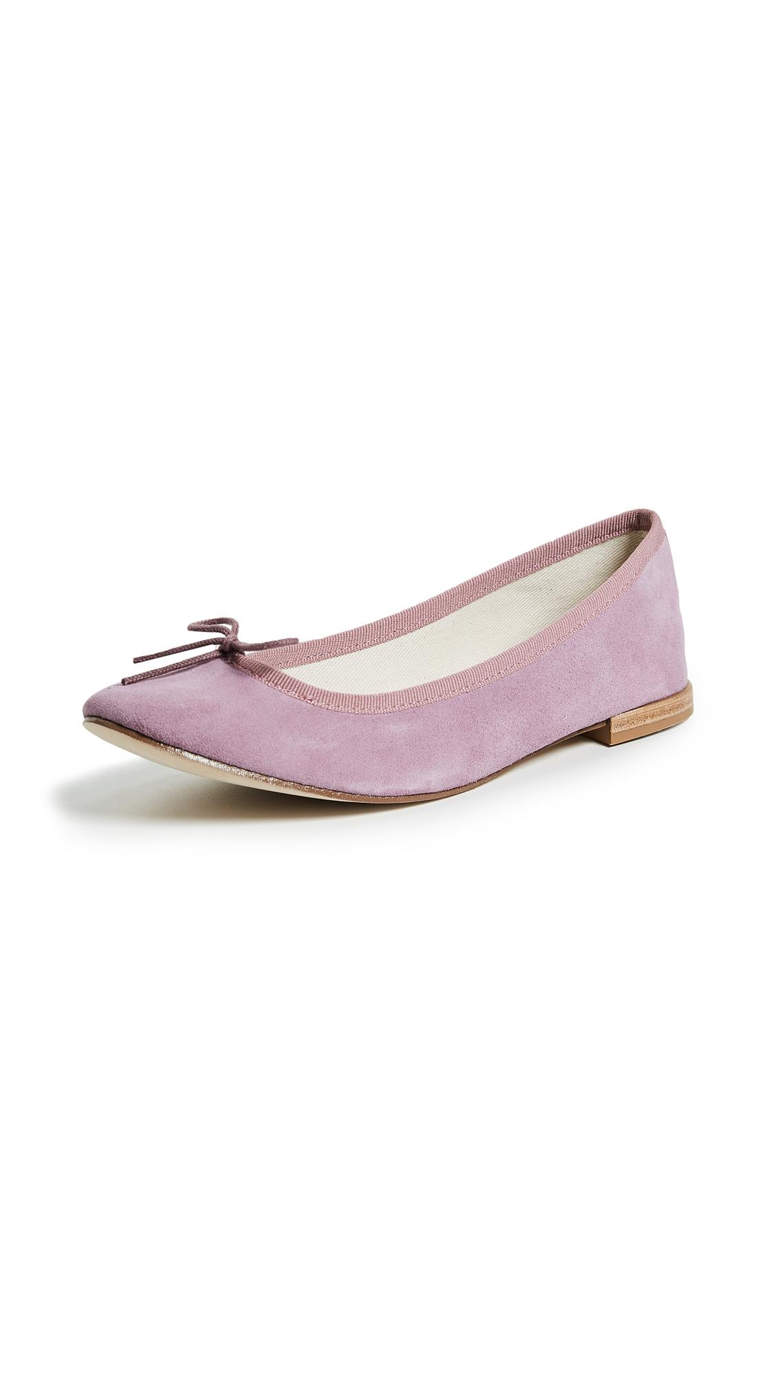 bb237cee9df Cendrillon Ballet Flats in Pale Pink