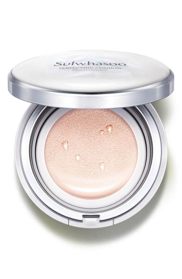 Sulwhasoo Perfecting Cushion Brightening Foundation - 11 Pale Pink